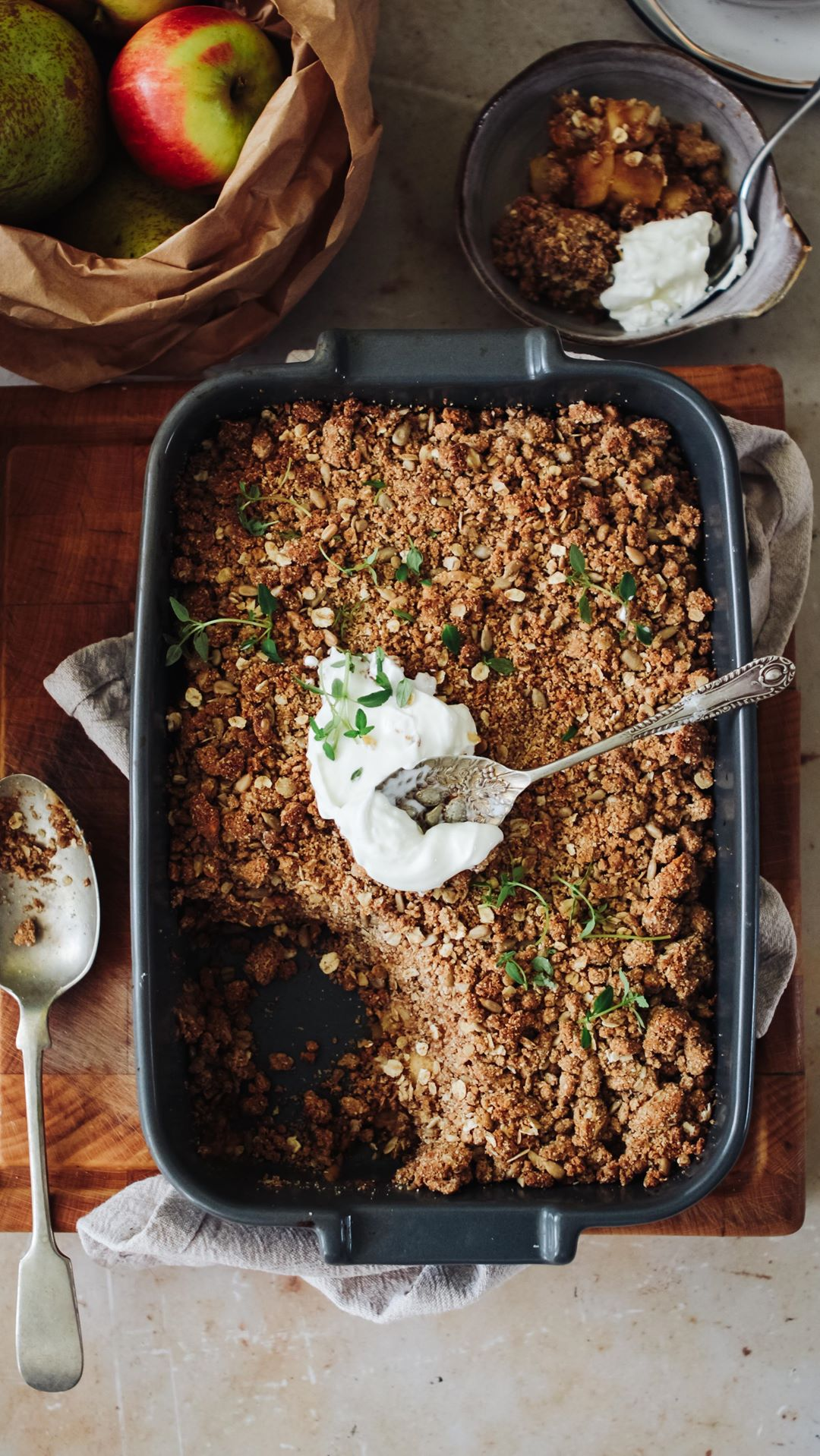 Spiced Apple & Pear Peanut Butter Crumble, @rebelrecipes