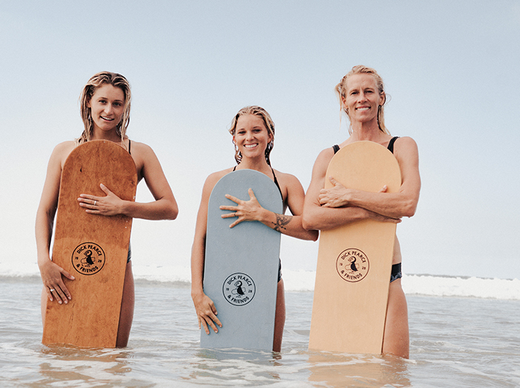Dick Pearce - bellyboards - women with boards