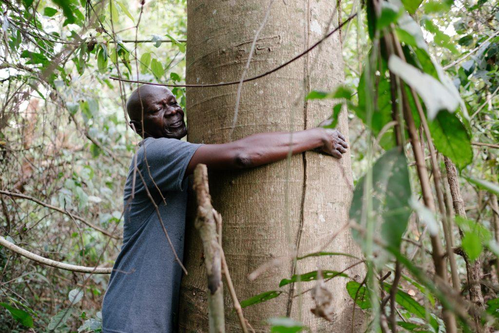 Ecosia_Planting trees in Uganda