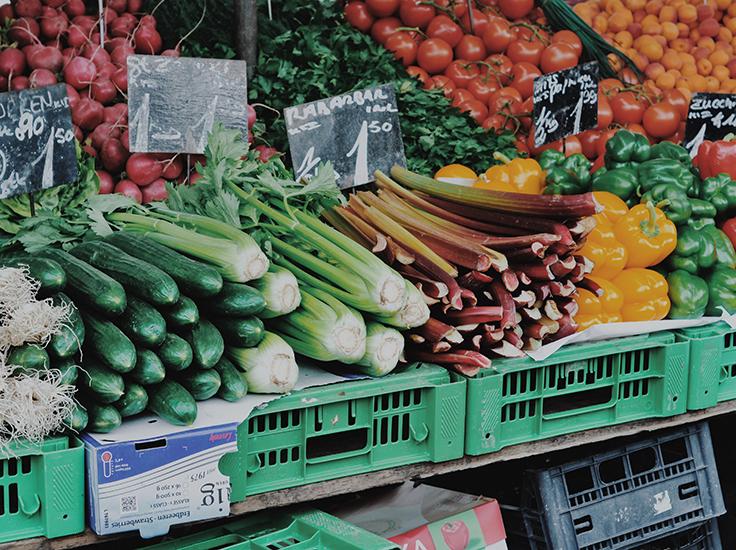 Veg at a farmers' market