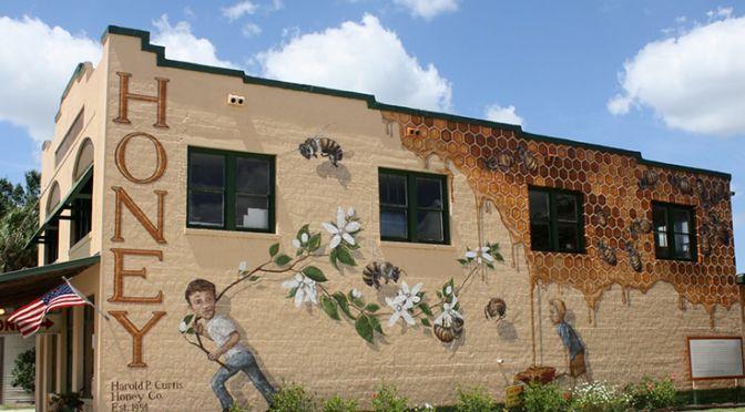 Matt Willey's first honeybee mural in LaBelle Florida