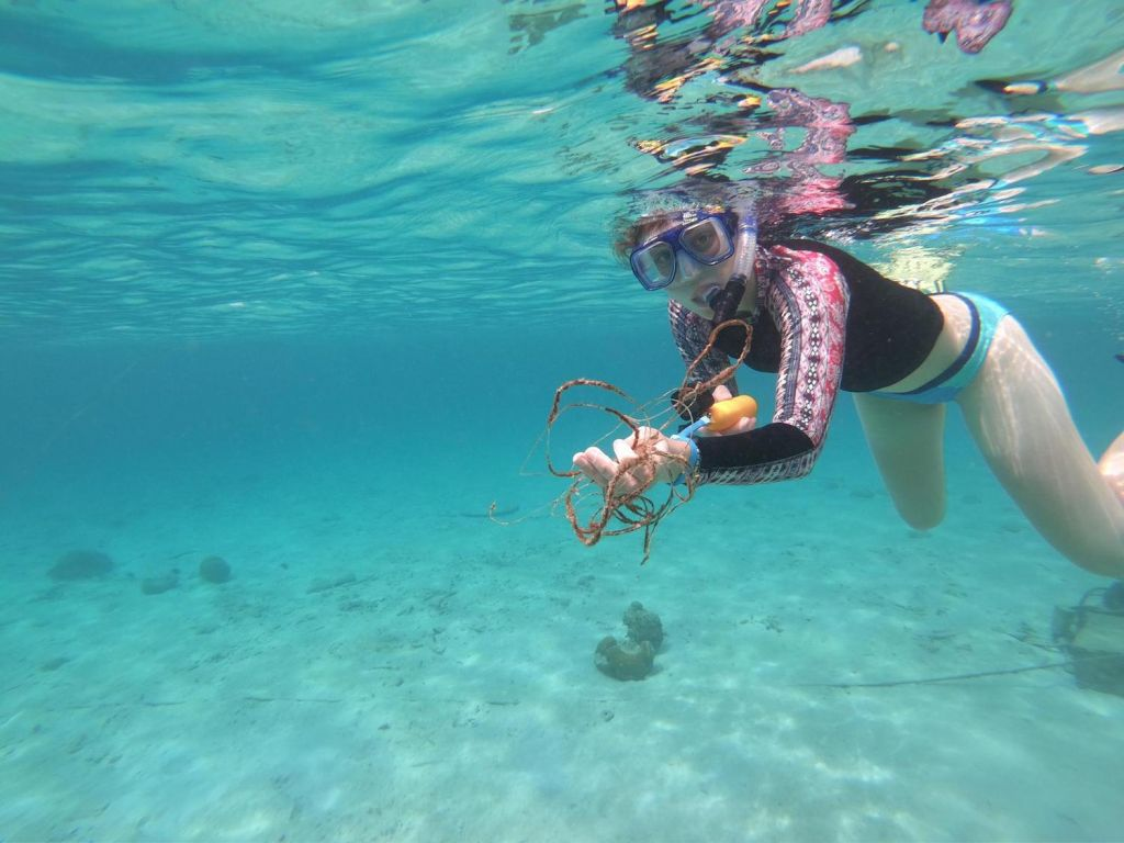 Underwater cleanup with GoodDive at DiveFriends Bonaire on Leg 4. Photo by Emma Feggetter.